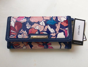NINE WEST WALLET NWT