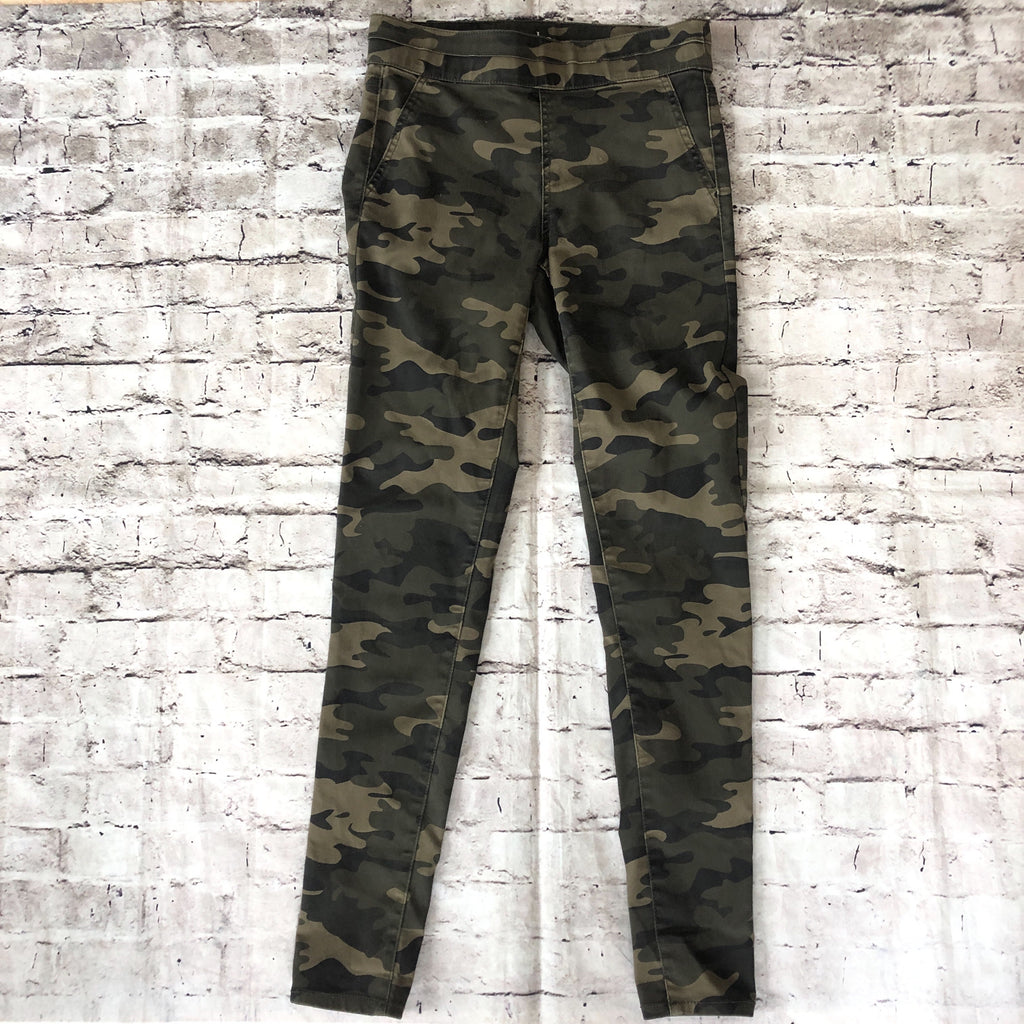 BOUTIQUE Camo Skinny Jeggings Size S