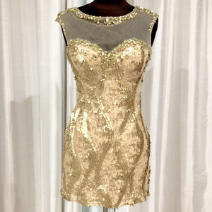 DAVE & JOHNNY Short Gold Form Fitting Gown Size 0