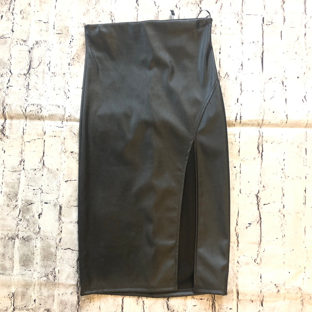 Femi Black Pencil Skirt Size S NWT