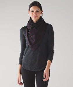 LULULEMON Black Cherry Vinyasa Wrap
