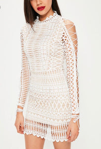 Misguided White Lace Bodycon Size 6