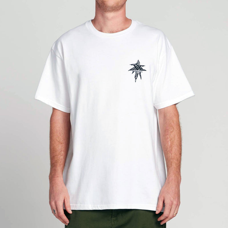 VOLCOM GTXX DOWN SOUTH BK SHORT SLEEVE TEE WHITE - Urban Ave Boardshop