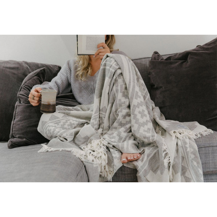 The Beachcomber Luxury Throw