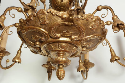 Italian Giltwood Carved Ten-Light Chandelier