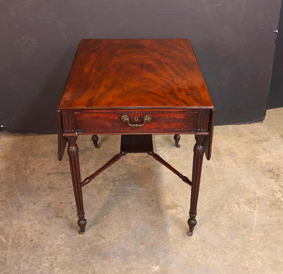 Fine George III Mahogany Pembroke Table