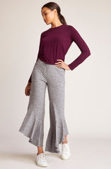 Ruffle Play Crop Pant