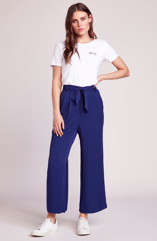 She's Sophisticated Cropped Pant