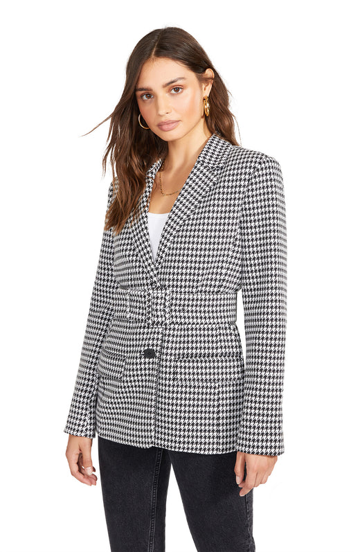 houndstooth pattern blazer with matching waist belt, button closure, and flap pockets.