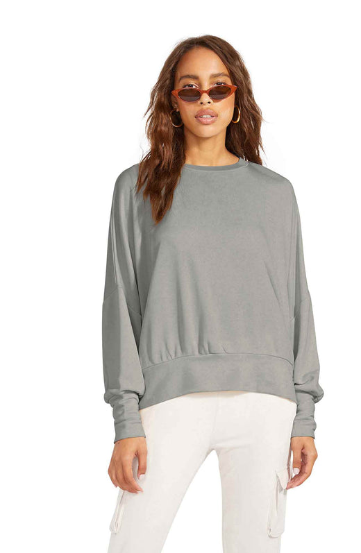 sueded french terry pullover in an oversized dolman sleeve silhuette with wide ribbed cuffs and hem detail.