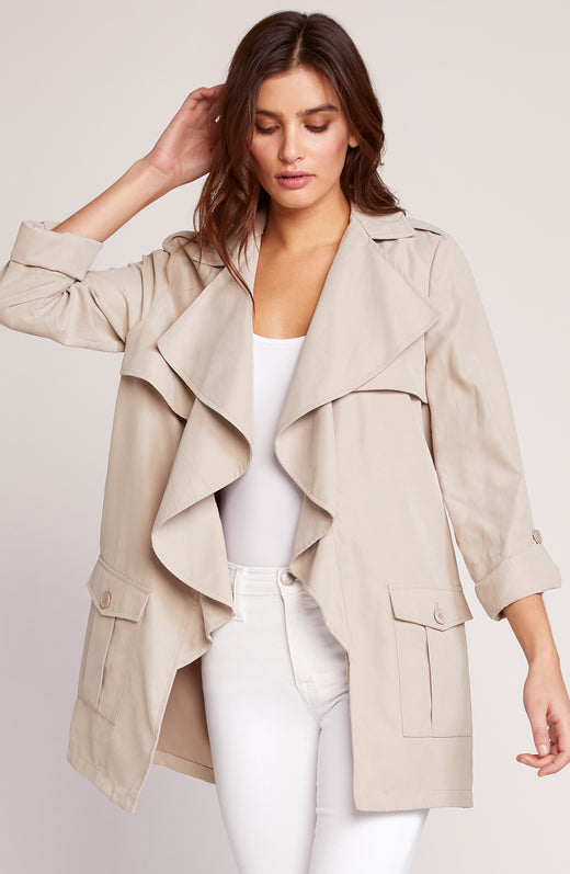 Private Eyes Trench