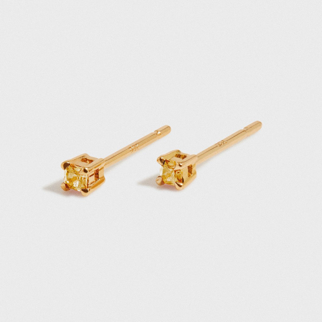 CITRINE STUD 2MM