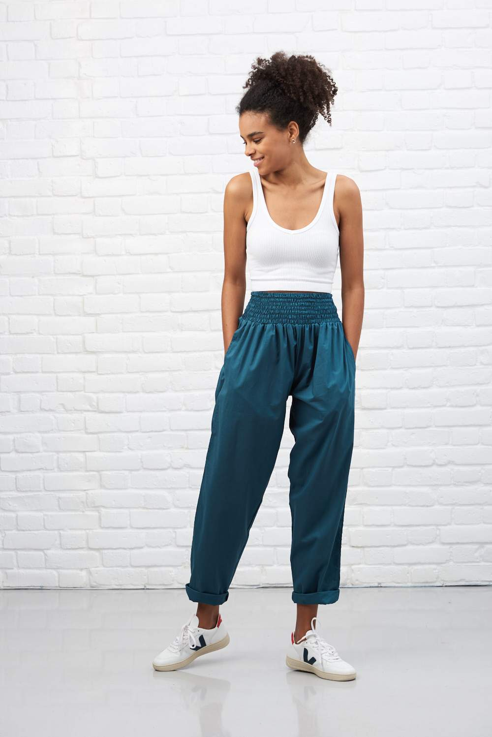 Lucy & Yak cotton trousers 'Organic Taupo' High Waist Cotton Trousers in Petrol Blue