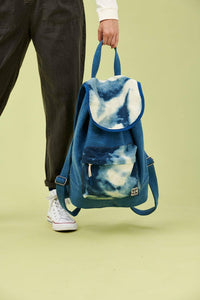 Lucy & Yak Bag Finley Drawstring Backpack In Washed Denim