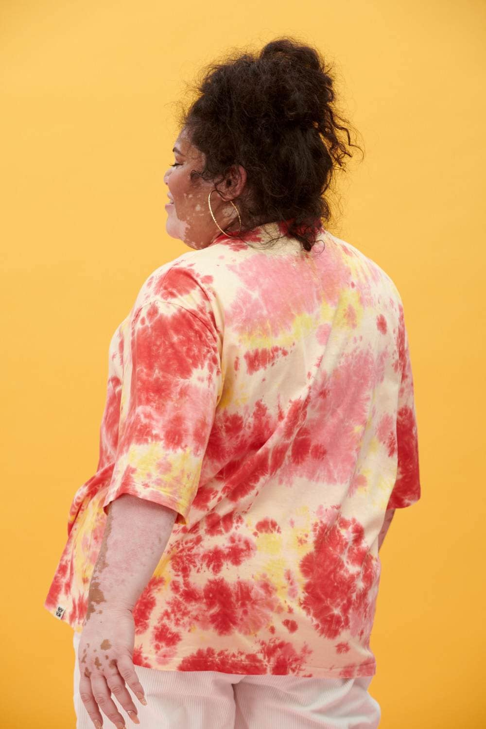 Lucy & Yak Tops 'Benny' Organic Cotton Tie Dye Tee in Yellow, Red & Pink