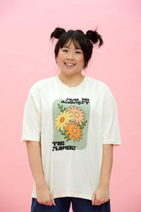 Lucy & Yak Tops Benny Organic Cotton Tee in Ecru 'Find Me Amongst The Flowers' Print