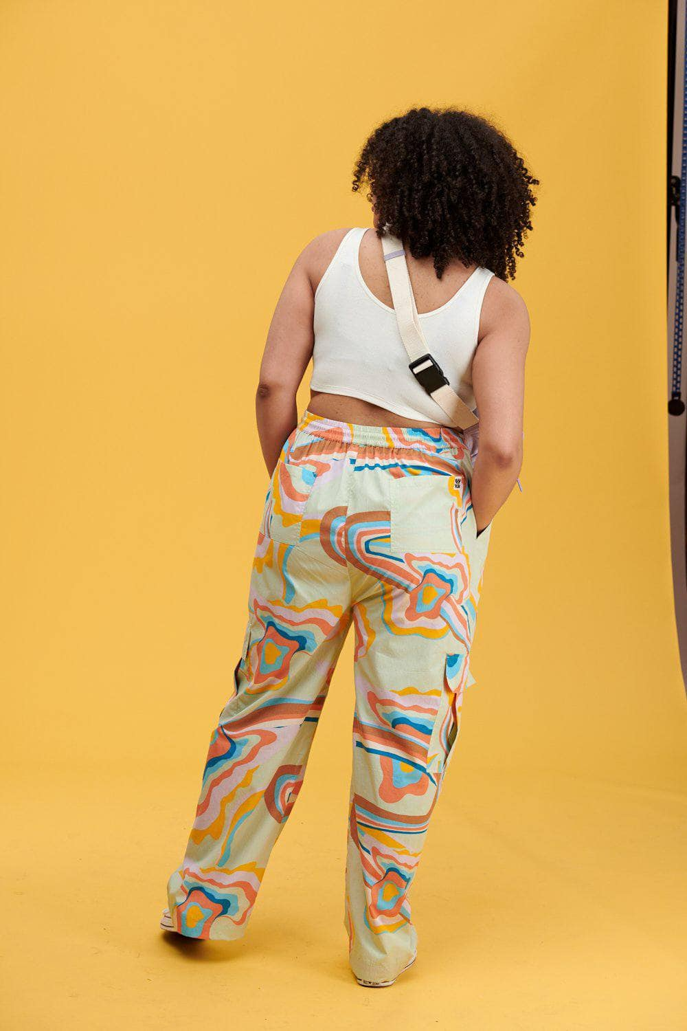 Lucy & Yak trousers Matchu Cargo Parts In Print On Alfalfa