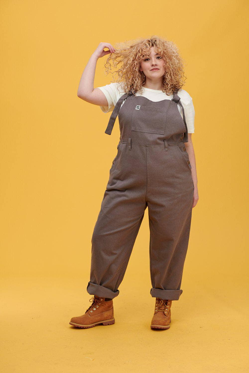 Lucy & Yak Dungarees 'Easton' Organic Cotton Twill  90's Shape Baggy Dungarees in Charcoal Grey