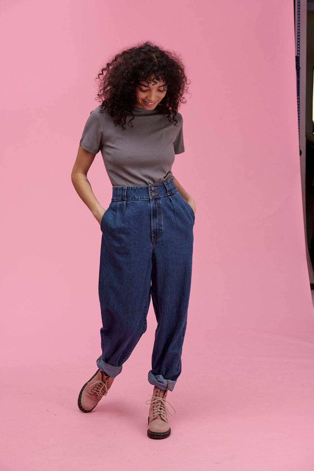 Lucy & Yak Tops Maya Little Ribbed Teeshirt In Charcoal Grey