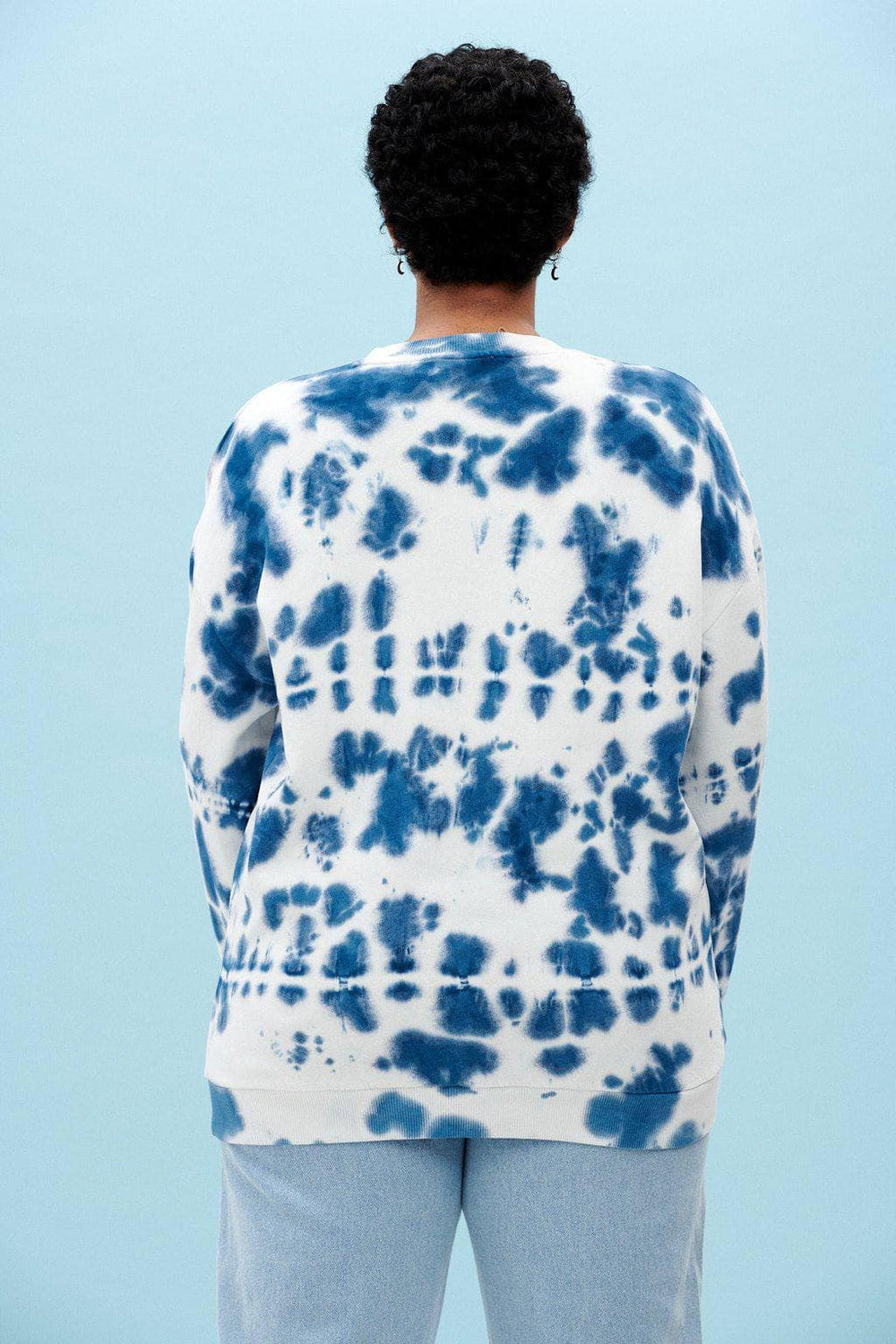Lucy & Yak Sweatshirts Organic Cotton Sonny Sweater in Indigo Tie Dye
