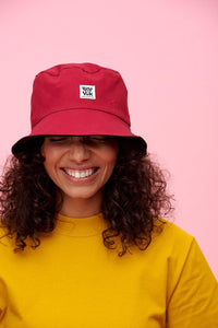 Lucy & Yak Hat Made in Britain 'Travis' Bucket Hat In Black & Raspberry