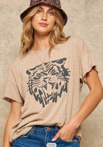 Graphic Tee (oatmeal)