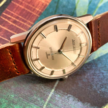 STUNNING~EARLY 60s SEIKO SKYLINER WITH SUNKEN DIAL