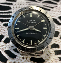 FAR-OUT~1969 BULOVA ACCUTRON ASTRONAUT WITH BOX