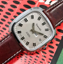 SWANKY~MINT 70s GIGANDET CHUNKY MEN'S DRESS WATCH