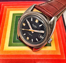 STUNNING~70s ZENTRA GENT'S SPORTS WATCH