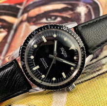 SHARP~EARLY 60s VULCAIN NAUTIQUE AUTOMATIC SKIN DIVER