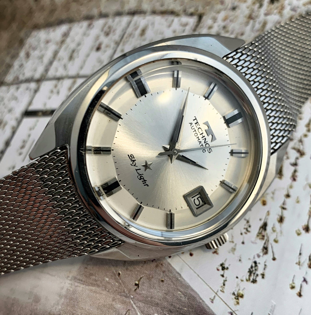 STUNNING~LATE 60s TECHNO SKY LIGHT PIE-PAN DIAL~SERVICED