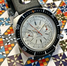 SPORTY~LATE 60s TECHNOS SPORTSGRAPH CHRONOGRAPH
