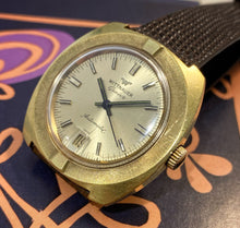 SLICK~LATE 60s WITTNAUER AUTOMATIC DRESS WATCH~FULL SET