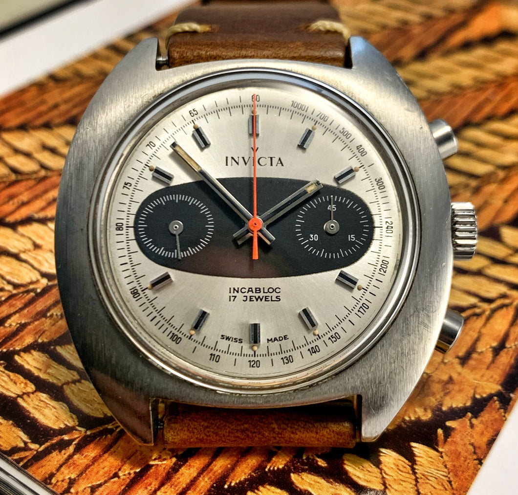 RADICAL~NEAR MINT 70s INVICTA SURFBOARD CHRONOGRAPH