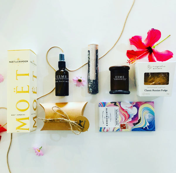 Deluxe Pamper Package for Mum x - Delivered