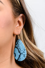 Trendy Leather Look Teardrop Earring in Turquoise Snakeskin