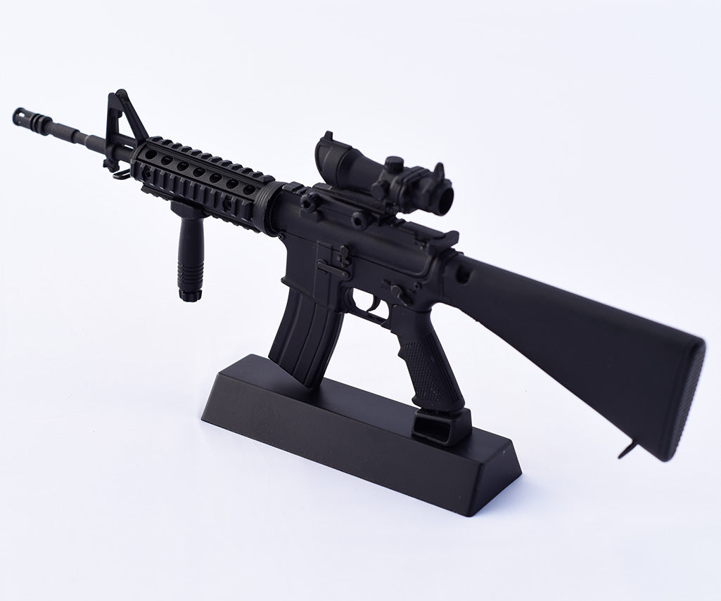 black M16 toy model gun sideview