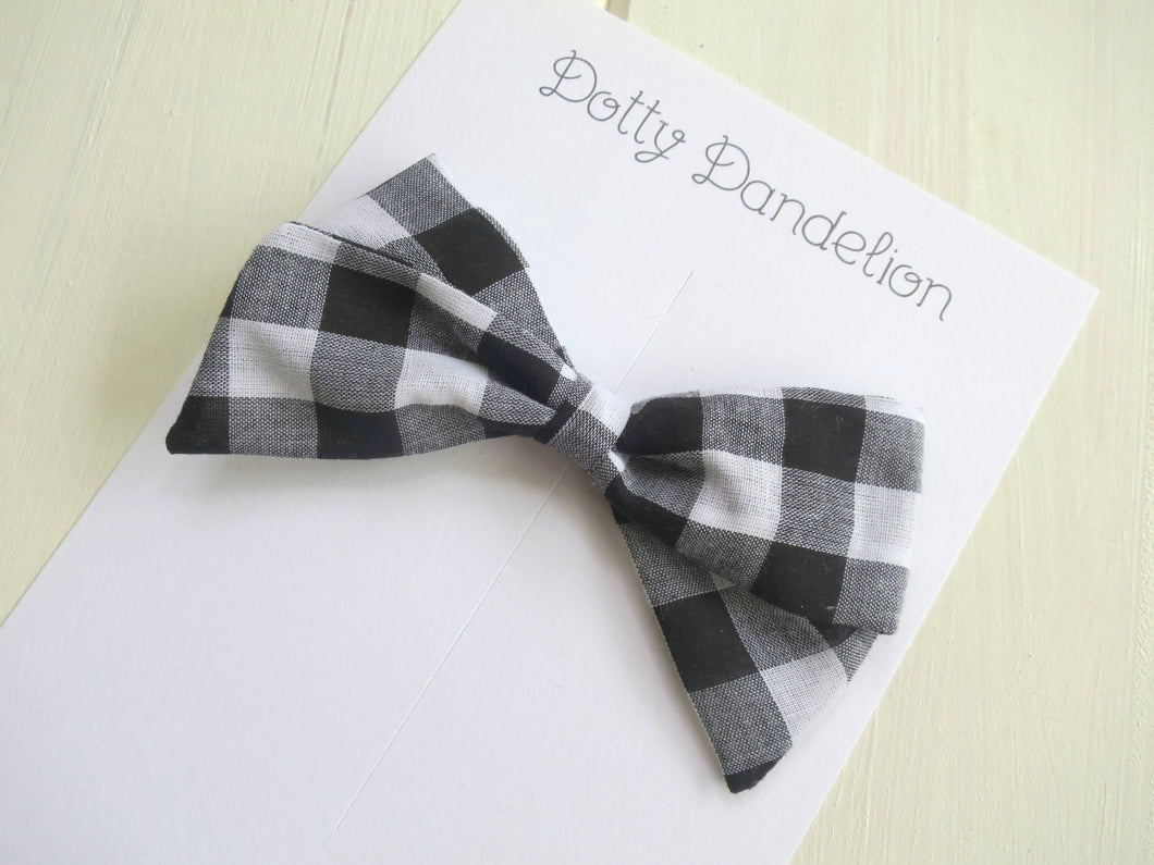 Black and White Plaid Folded Bow Clip