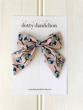 Posey Liberty Party Bow