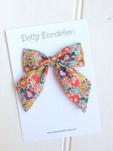 'Michelle' Liberty Party Bow
