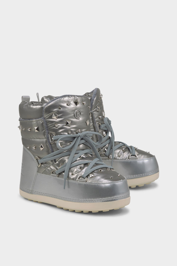 Trois Vallees 16 Studded Snow Boots - Silver