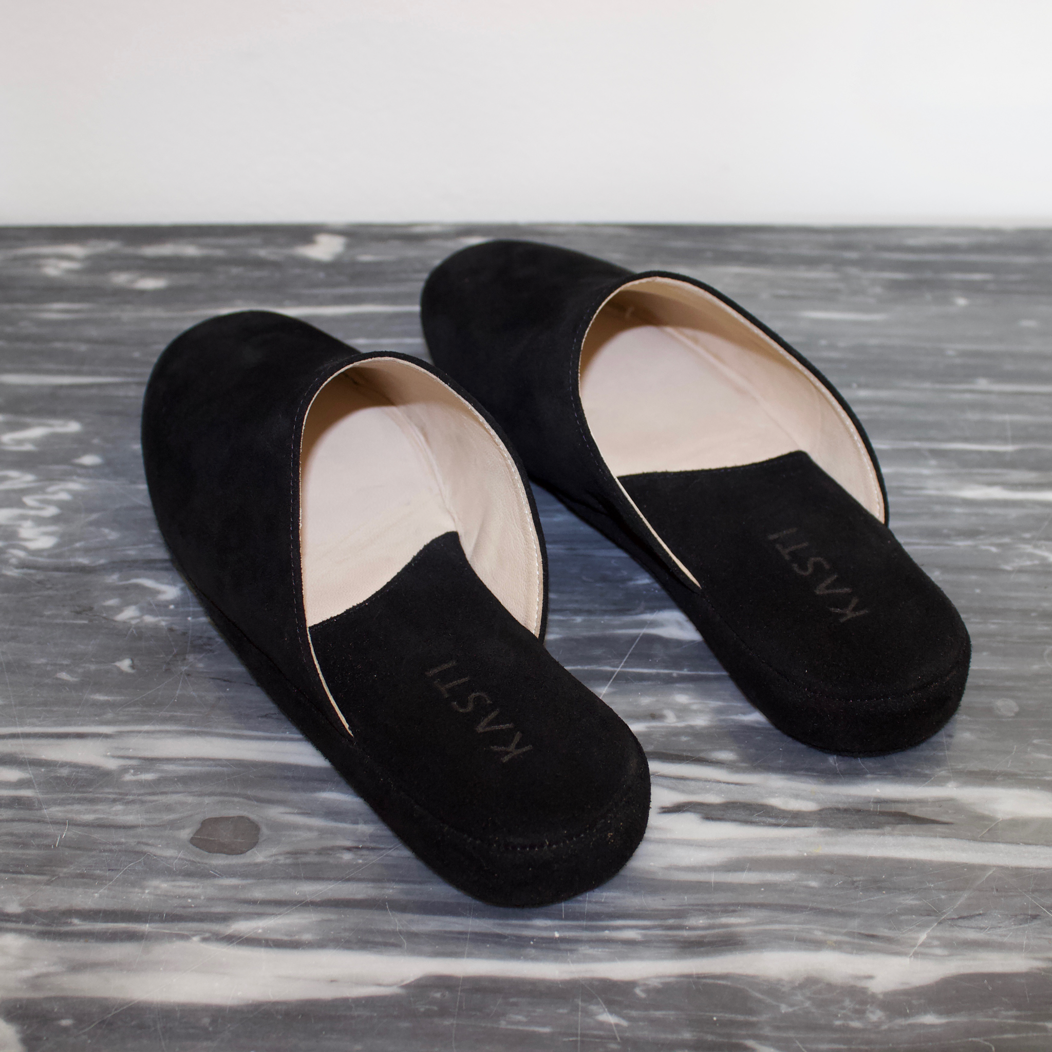 MERCURY Suede leather slipper Black
