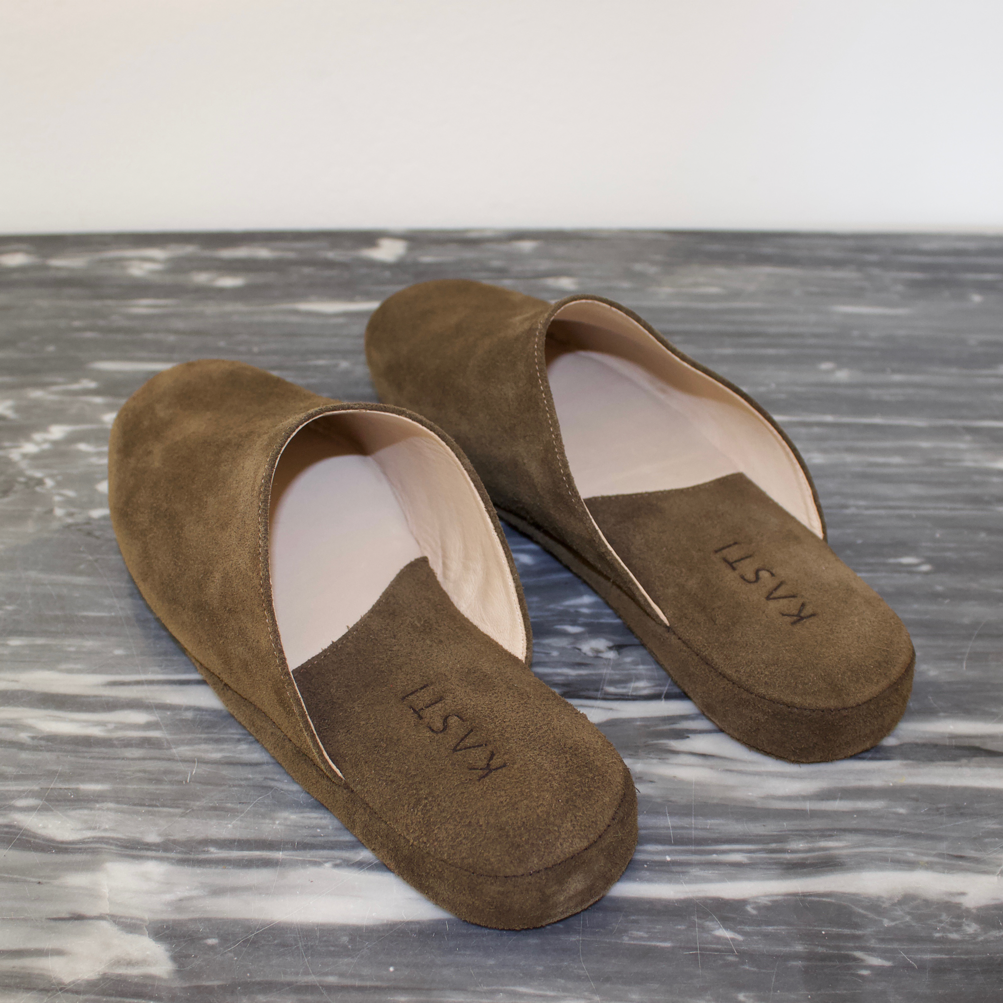 MERCURY Suede leather slipper Olive