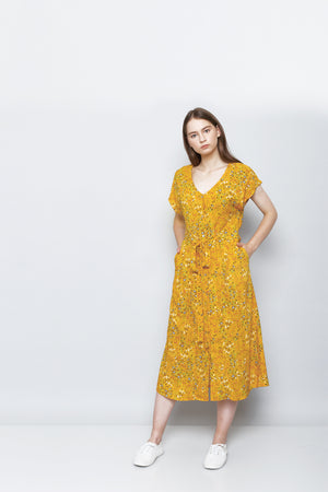 Midi Dress with buttons and tied front knot Gaun Panjang Midi dengan kancing dan tali diikat