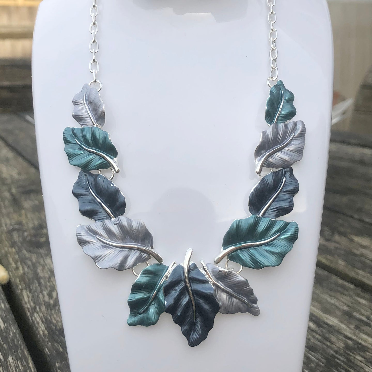 Leaves Necklace in Blue
