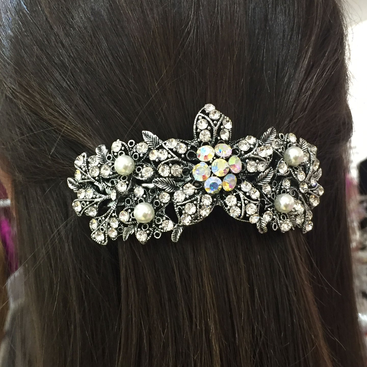 Diamante Daisy Hairslide