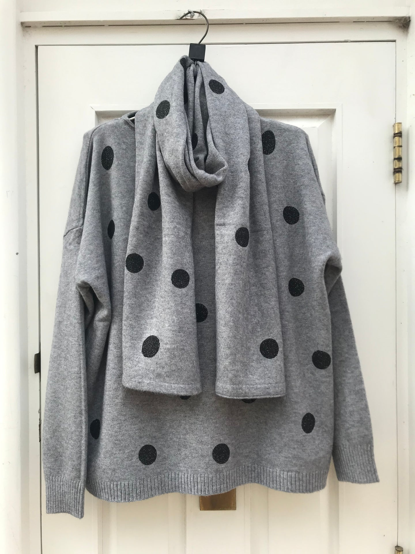 Glittery Polka Dot Sweater & Matching Scarf Grey