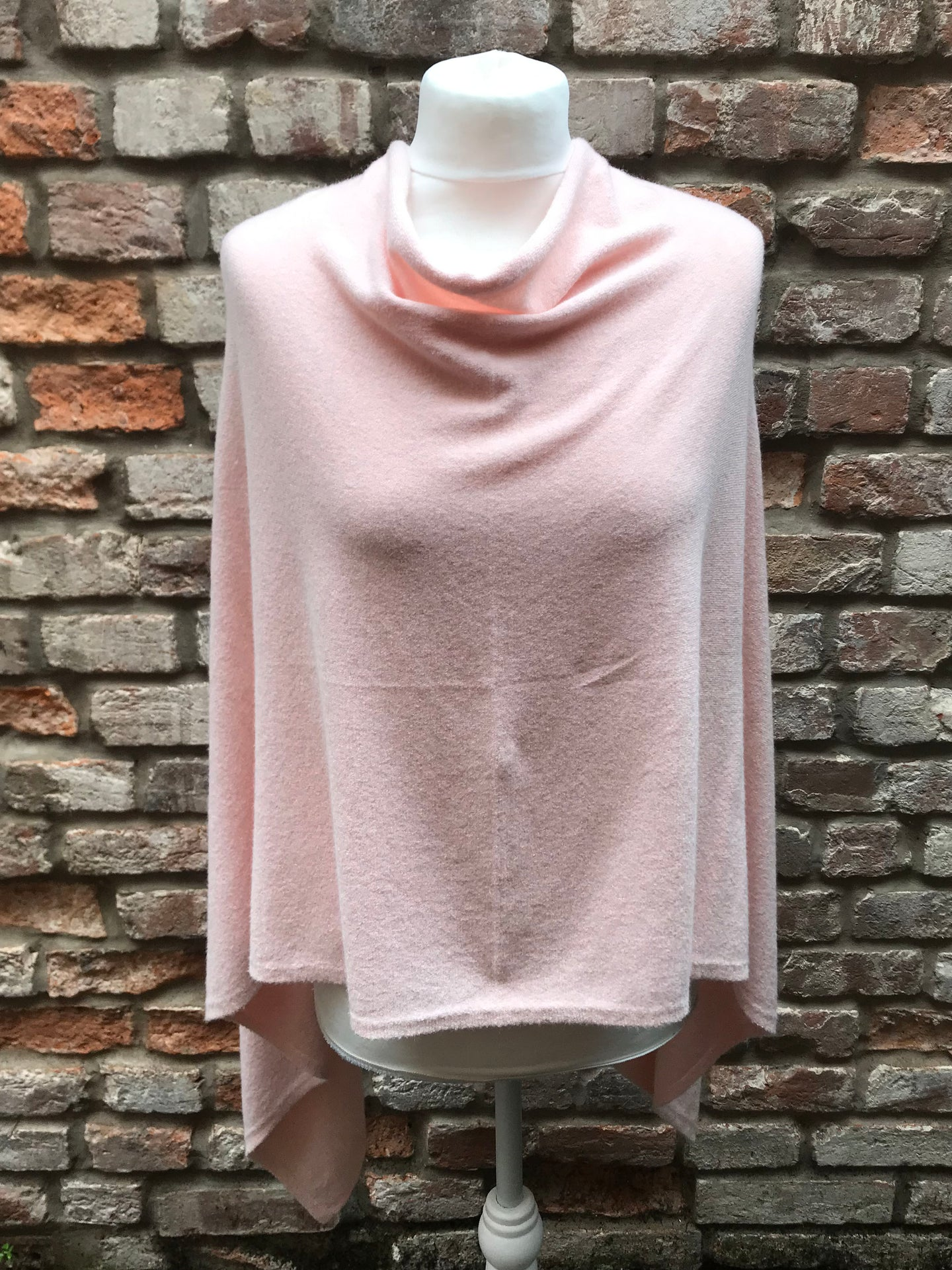 Poncho Baby Pink