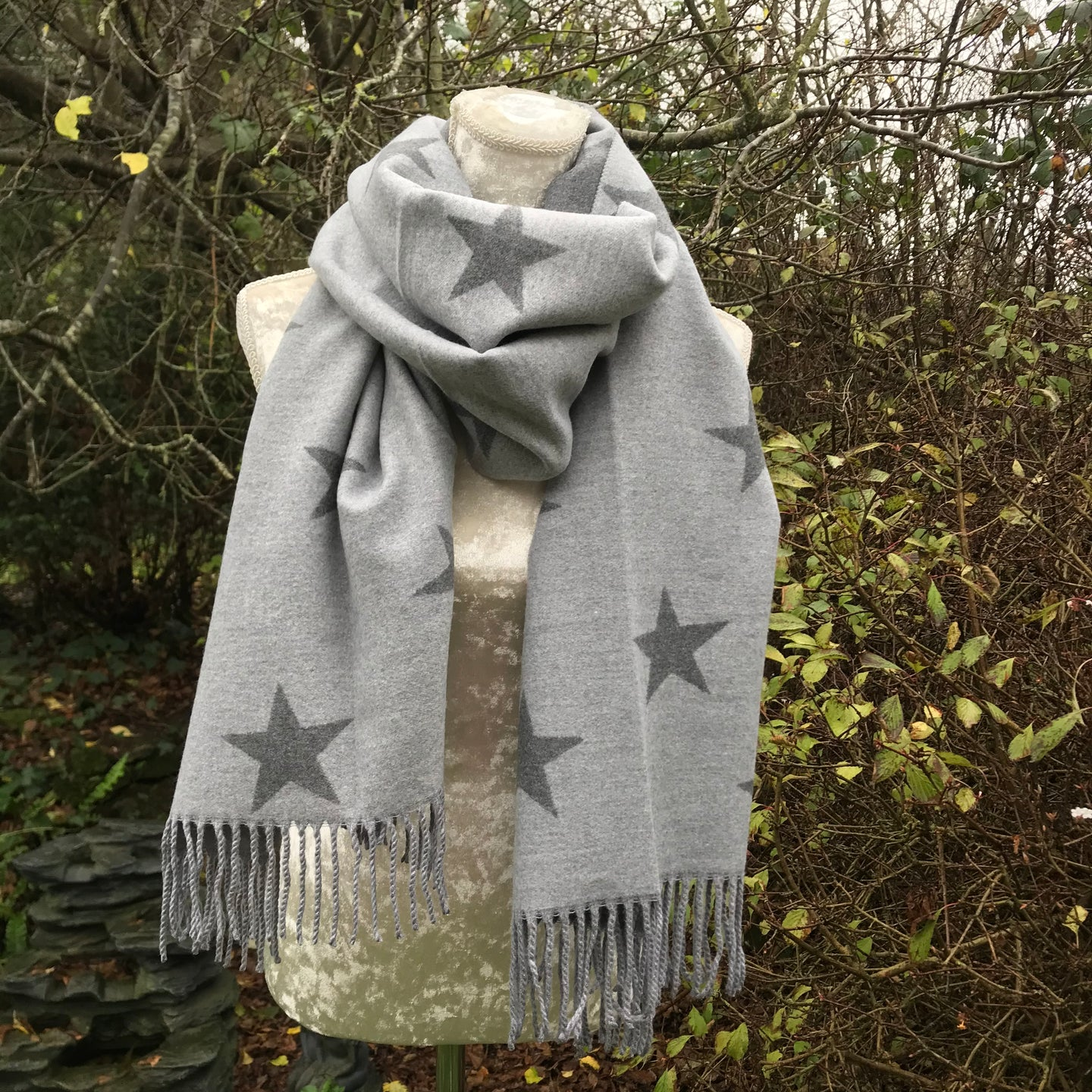 Star Pashmina in Grey
